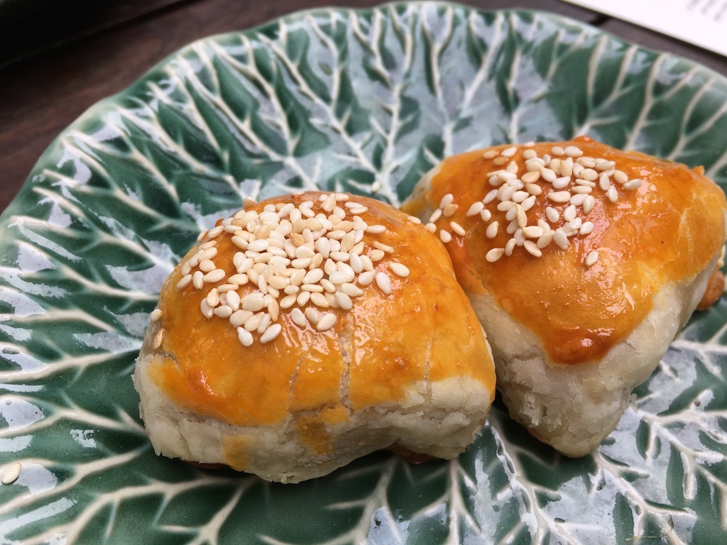 Duddell's Dim Sum Barbecued Pork Puff, Sesame