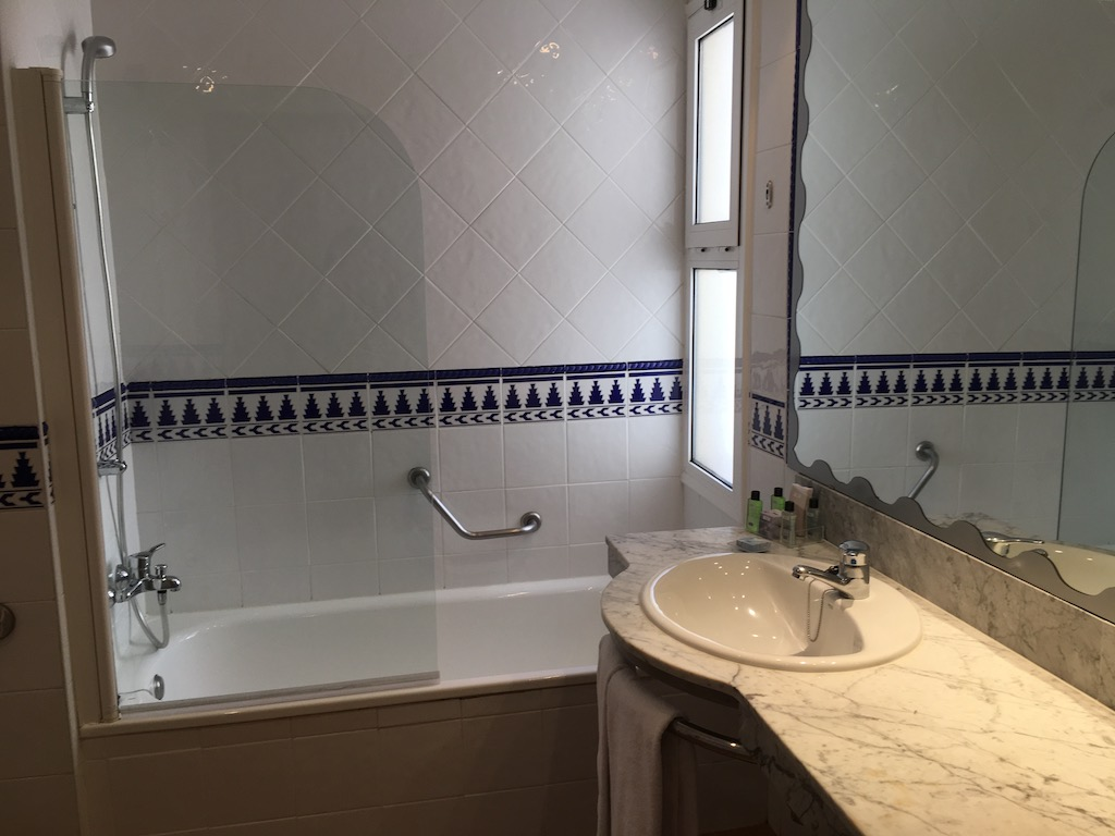 Bathroom H10 Mediterranean Village