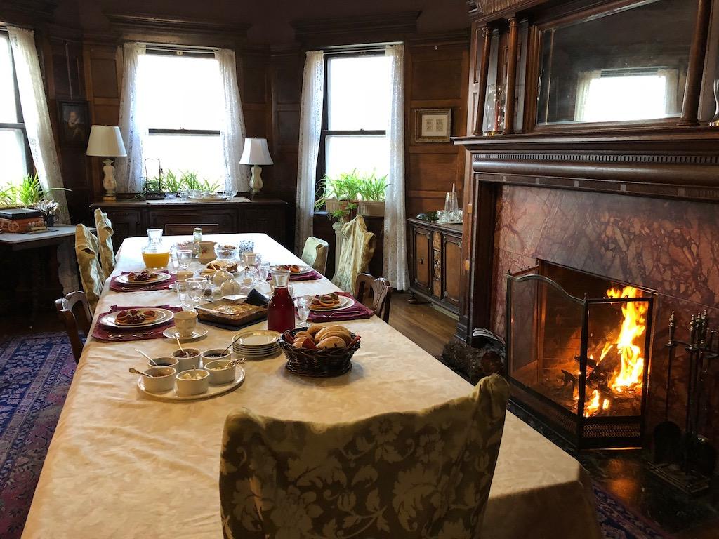 Breakfast Lehmann House