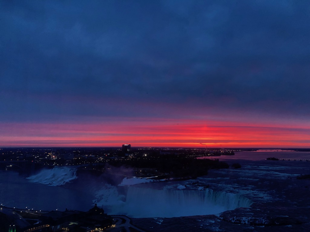 Red Sky Dawn Niagara Falls