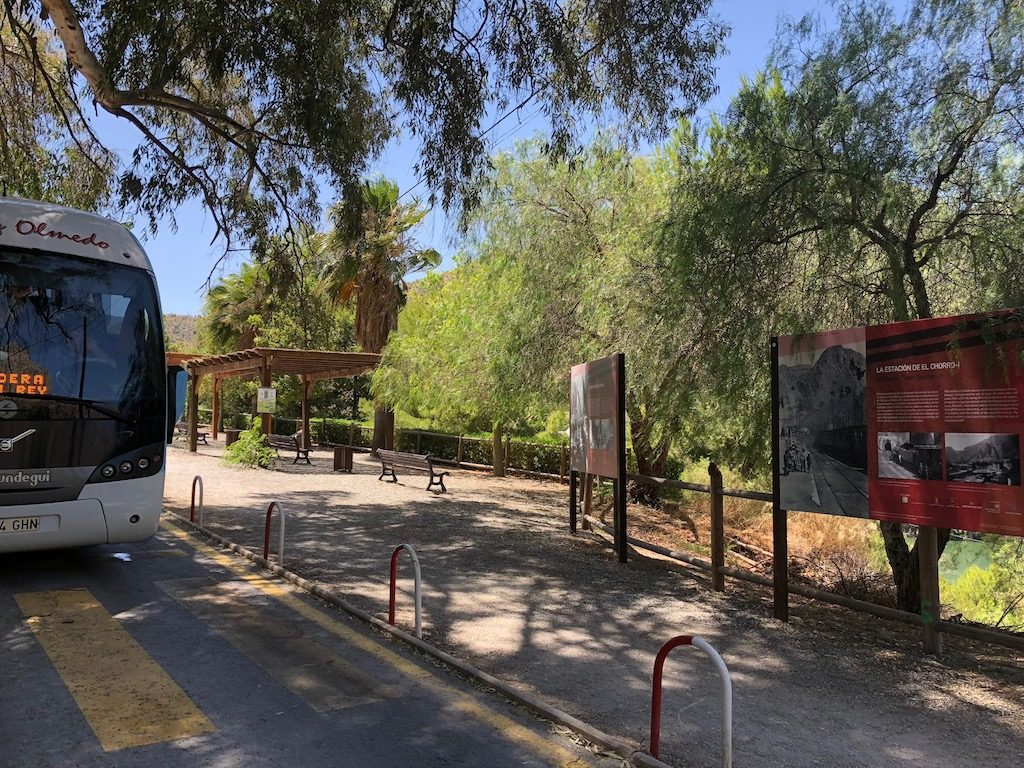 El Chorro Bus South Access