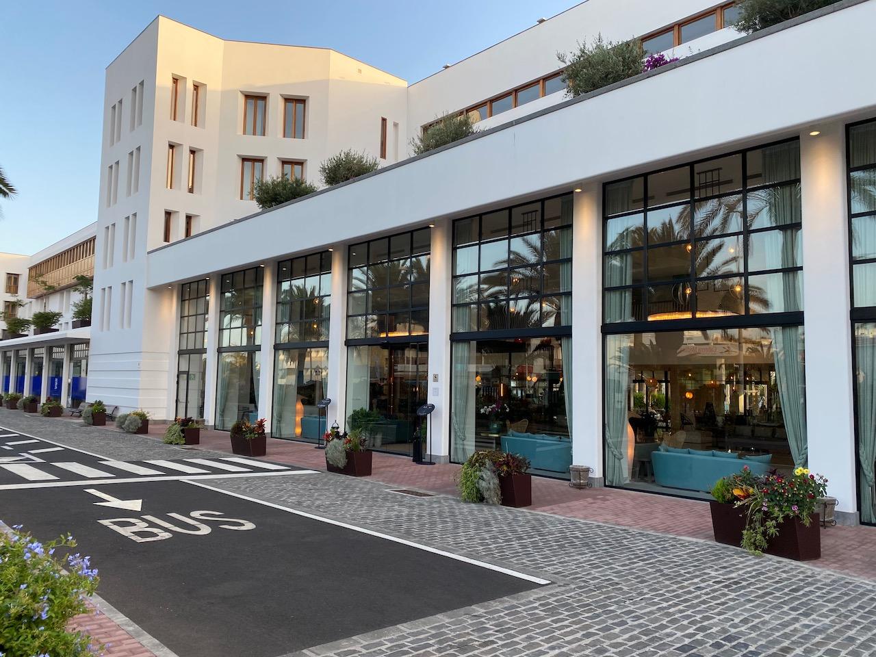 Hotel Fariones